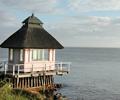 Ferienhäuser am See und am Meer